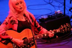 Emmylou Harris at Dr. Phillips Performing Arts Center (printed by Orlando Weekly)